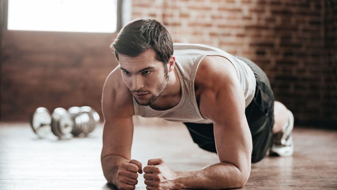 Die besten Übungen ohne Geräte