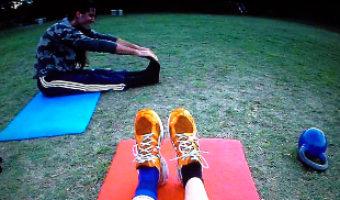 header_personal_training_coach_marcel_schade_muenchen_munich_starnberg_fitness_kettlebell_dehnen_stretching_fitness_matten