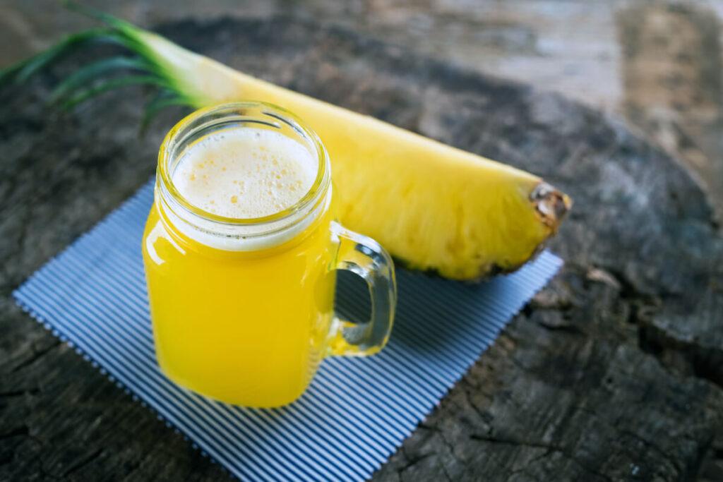 15 Impressive Health Benefits of Pineapple Juice